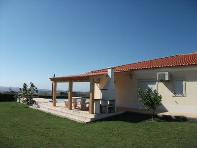 Photo for Lux 4 Bed Villa, Lrg Garden Infinity Pool Stunning Views Of Obidos, Lagoon & Sea