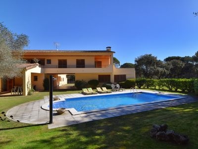 Photo for FANTASTIC VILLA WITH PRIVATE POOL AND TENNIS COURT, BIG GARDEN, WIFI, PARKING