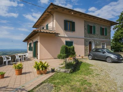 Photo for Apartment Villa Morosi in Vinci - 2 persons, 1 bedrooms