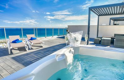 Photo for New!! Spectacular penthouse with private jacuzzi and sea views