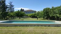Absolutely stunning accommodation central to other parts of the Luberon and Provence