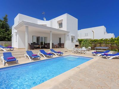 Photo for *** Cala D'or Villa *** 5 Bedrooms, Table Tennis, A/C, WiFi, Private Pool, BB