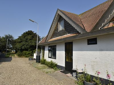 Photo for Holiday home in beautiful surroundings nearby the coast of Noord-Holland province