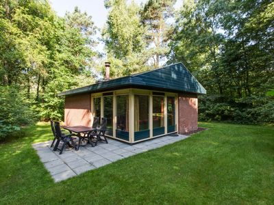 Photo for 4-person bungalow in the holiday park Landal Twenhaarsveld - in the mountains/rolling countryside
