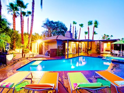 Luna Paradise, a Palm Springs Oasis | Luxury Vacation Rental by Owner | Sleeps 8