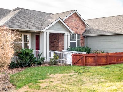 Photo for Dog-friendly duplex that's close to wineries and has room for all!