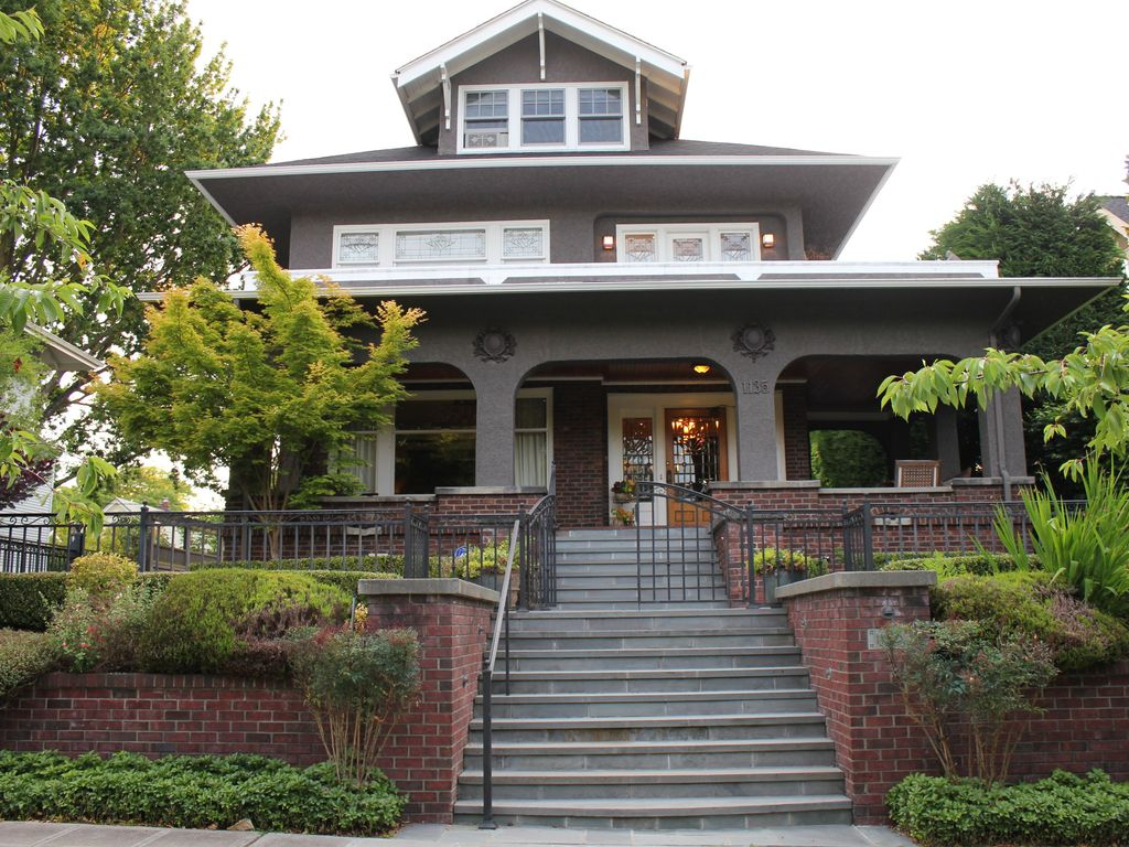 beautiful classic seattle home in quiet nei homeaway