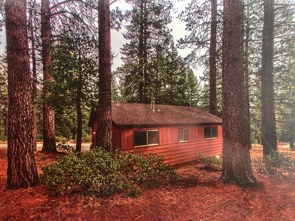 upscale tahoe cabin perfect for honeymooners or couples