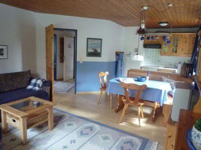Photo for Lovingly furnished apartment with garden 200 m from the beach and pier