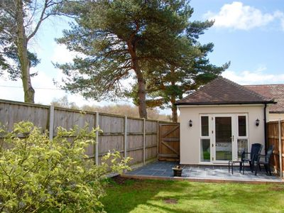 Photo for A delightful and comfortable modern dog friendly annexe in the village of Roydon