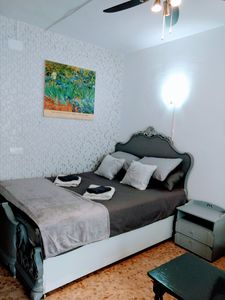 Photo for Some Shades of Grey. Excellent Studio-Ideal for Couples.