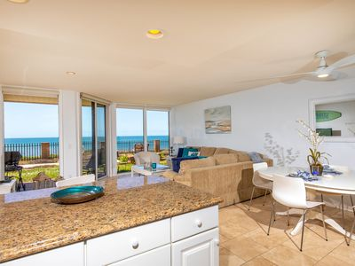 Photo for Bright, Beachy & Beautiful 1 bdrm oceanfront DMST13