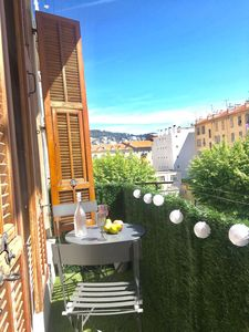 Photo for MAGNIFICENT APARTMENT, BRIGHT, BALCONY, WIFI, AIR CONDITIONING, GARIBALDI PLACE