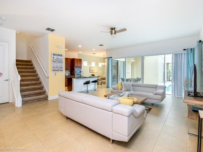 Photo for Lovely 5 Bed Pool Home in Reunion