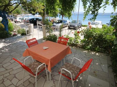 Photo for One bedroom apartment near beach Podgora, Makarska (A-6846-a)
