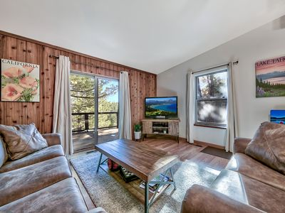 Photo for Newly Furnished Cozy 2BR / 2BA Near Donner Trail
