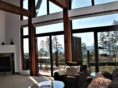 Photo for Large and Luxurious Condo located at The Ridge overlooking the open Pacific Ocean! Sleeps 6