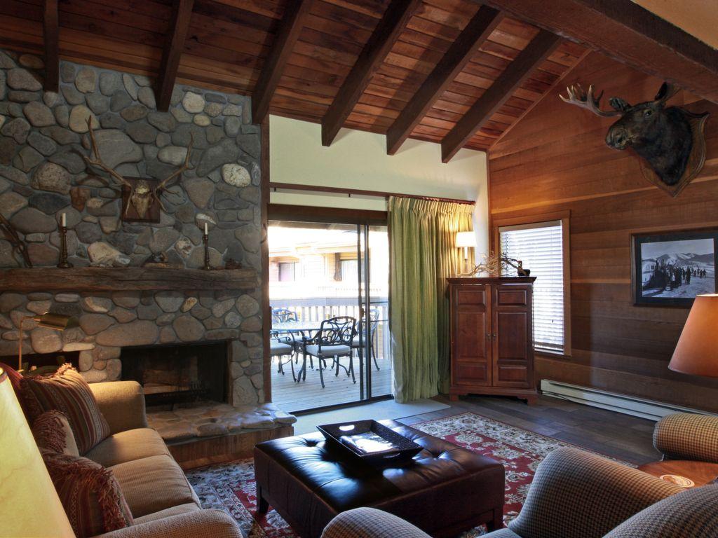 Snowcreek Townhome with Sun Valley Lodge... - HomeAway Sun Valley