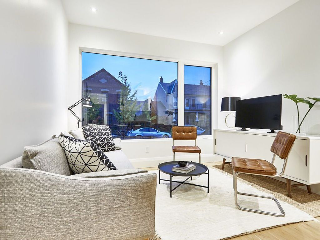 Stunning 3BR in Little Italy
