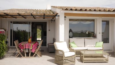 Photo for Charming house in the heart of the Camargue with a view of the ponds