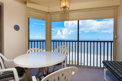 Balcony W/Gorgeous View - Beach Front
