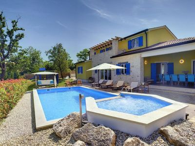 Photo for Holiday house Tomisici for 10 - 12 persons with 5 bedrooms - Holiday house