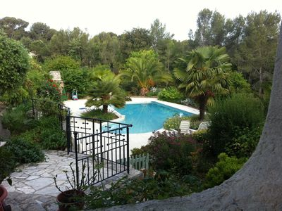 Photo for Beautiful ground floor villa with pool, Le Pradet (Var)