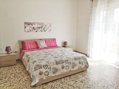 Photo for Bright apartment just minutes from the sea