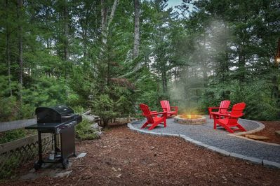 Fire pit area and grill for cooking those steaks and burgers