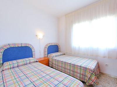 """Photo for Apartment a short walk away (392 m) from the """"Playa de Calafell"""" in Calafell with Washing machine, Garden, Terrace (89069)"""