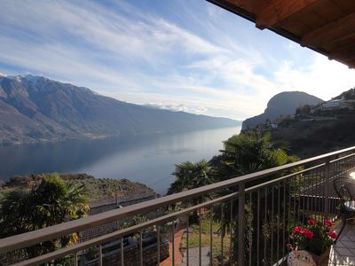 Photo for With spectacular lake view and pool – Apartment Elka 6