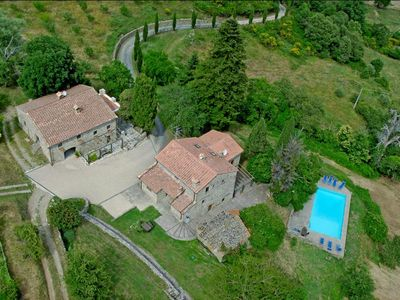 Photo for Luxury Historic Tuscan Farmhouse with swimming pool overlooking the Tiber Valley