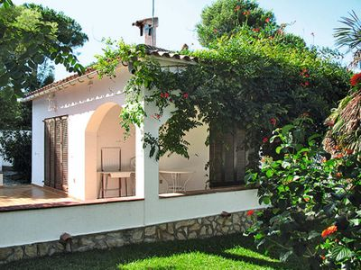 Photo for l'Escala Holiday Home, Sleeps 6 with Air Con and WiFi