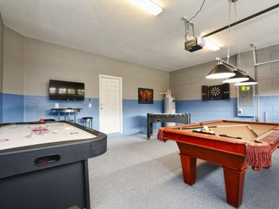 Photo for WINDSOR AT WESTSIDE!! GAME ROOM, BBQ GRILL!! PROFESSIONALLY DECORATED!!