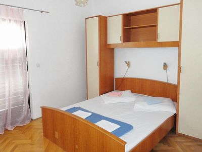 Photo for One bedroom apartment with balcony and sea view Lokva Rogoznica (Omiš)
