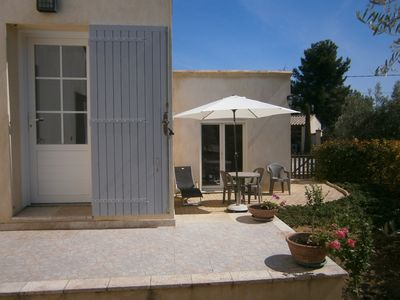 Photo for Pretty cottage in the Luberon