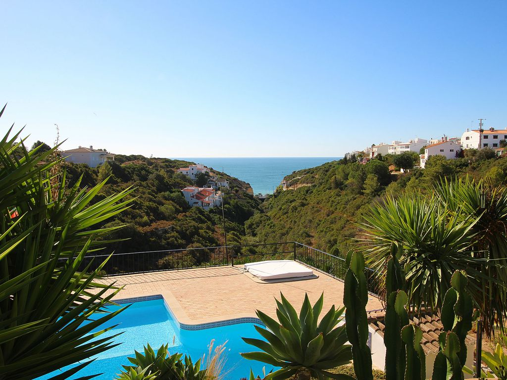 Villa Diane, Luxury Cottage, Ocean views, 2 Bedrooms, Sleeps 4 ...