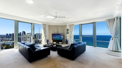 Photo for Surfers Paradise Luxury Holiday Apartment Ocean Prestige