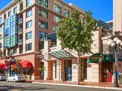 Sophisticated Condo in Heart of Downtown's Gaslamp District!