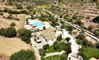 Photo for Beautiful villa with large swimming pool surrounded by sicilian nature
