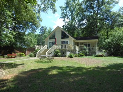 Great house on great water in perfect location on Lake Sinclair!