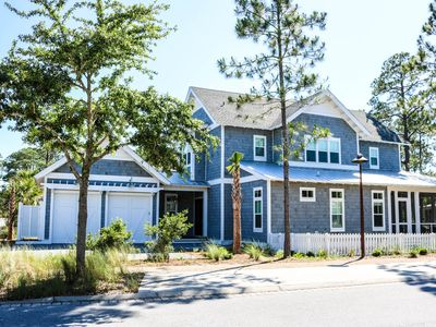 Photo for Sonos System. Expansive Porches. 3-5 Blocks from Beach. Community Pool!