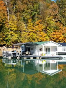 Photo for Beautiful Floating Home on the Prestine Fresh Waters of Norris Lake!