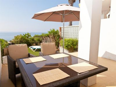 Photo for Beautiful townhouse, sea view, air-con & garden, Short walk to beach, short drive to Estepona