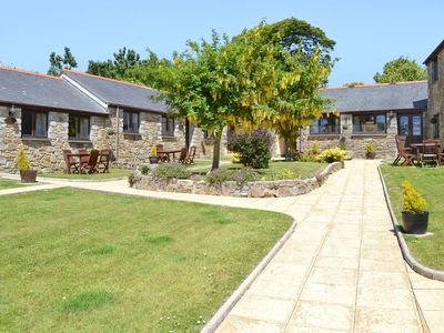 Photo for 2 bedroom property in Porthtowan. Pet friendly.