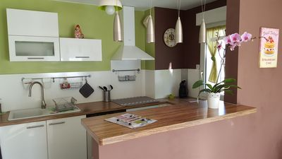 Photo for HummingBird, bright apartment fully equipped in Provence