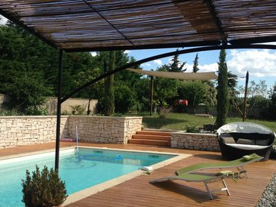 Photo for Pretty villa at the foot of the village of GIGONDAS