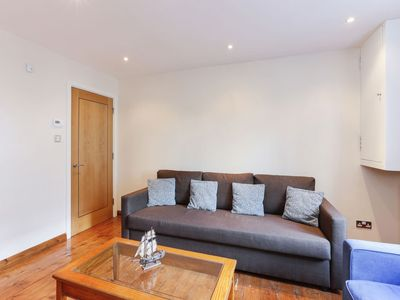 Photo for Apartment Seward in Clerkenwell - 4 persons, 1 bedrooms