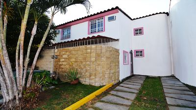 Photo for Fully equipped house in the heart of the Diamond Area of Acapulco