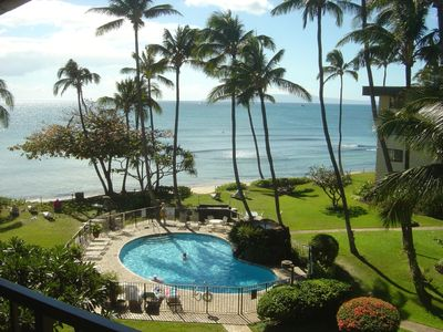 Relax in comfort-watch whales from your lanai